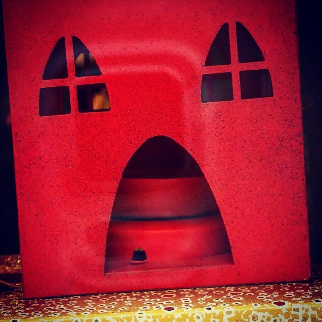 La casa dalle finestre che urlano