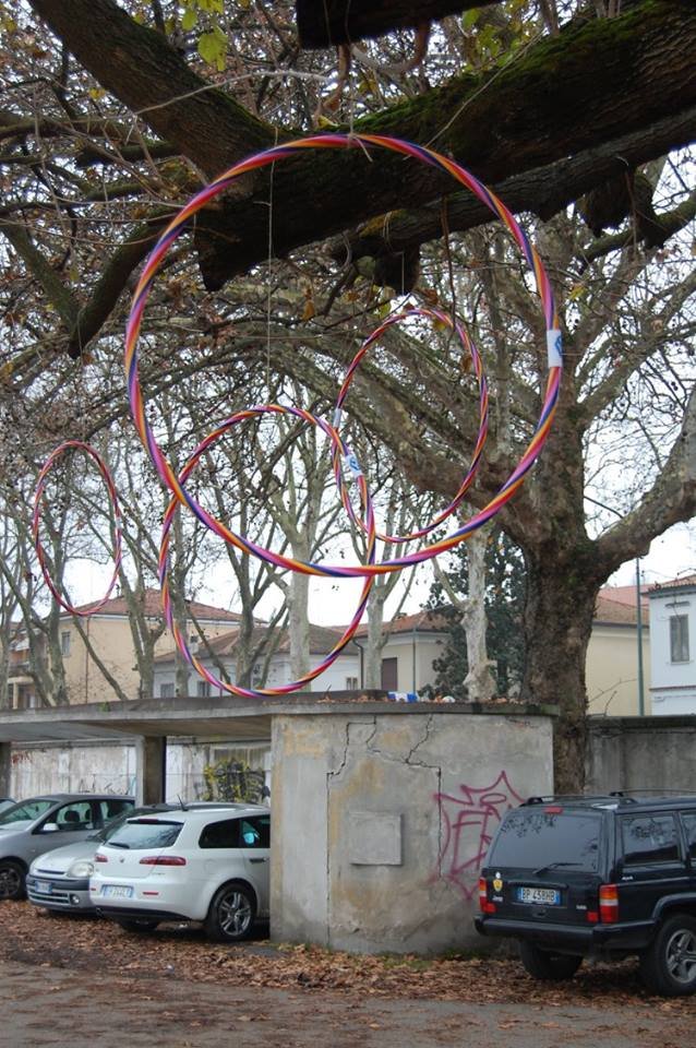 Hula hoop come palline di Natale