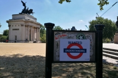 Mind the gap Hyde park corner