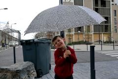 Theo e l'ombrello