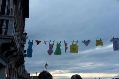 Bucato veneziano alla Giudecca presso la galleria Carrion