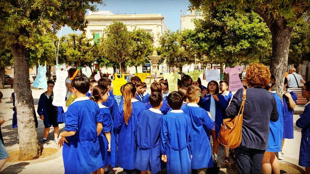 La poesia errante e le scuole elementari di Noci